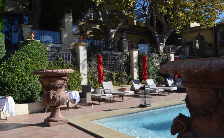 Aix-luxury-hotel-6
