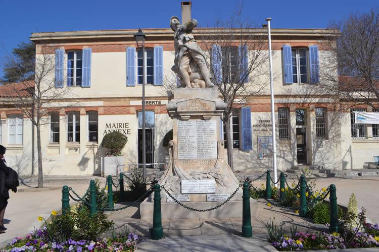Provence-village-life_0768